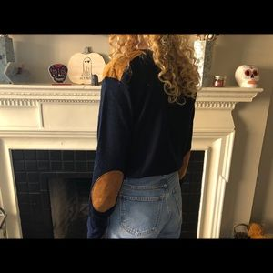 Sweaters - Navy knit sweater with camel elbow+shoulder patch!